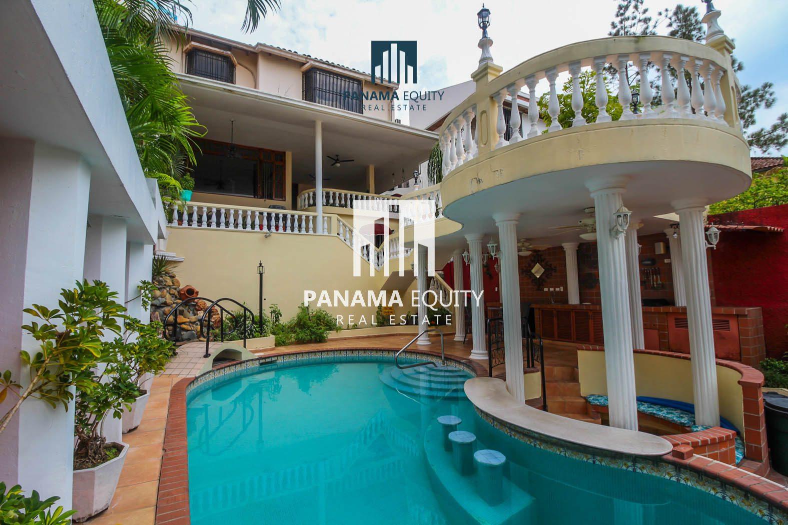 Espaciosa residencia cerca del centro de la ciudad de Panamá