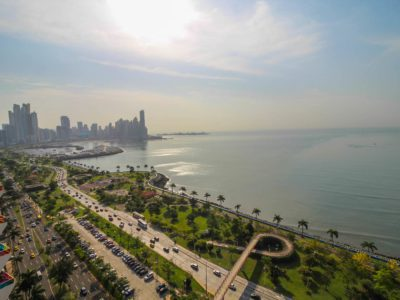 Check out the incredible views froms this Avenida Balboa apartment.