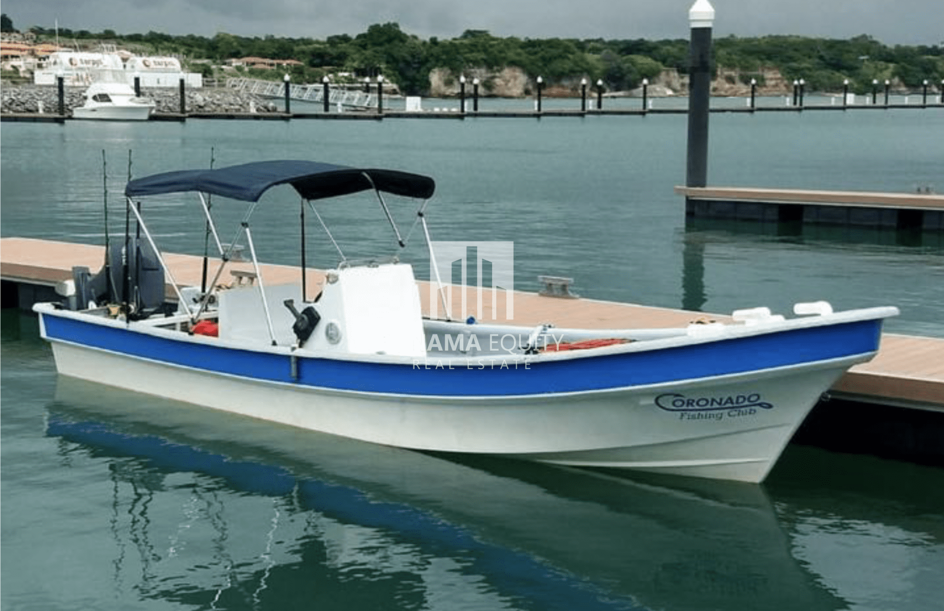 fishing-boat-docked-coronado-panama