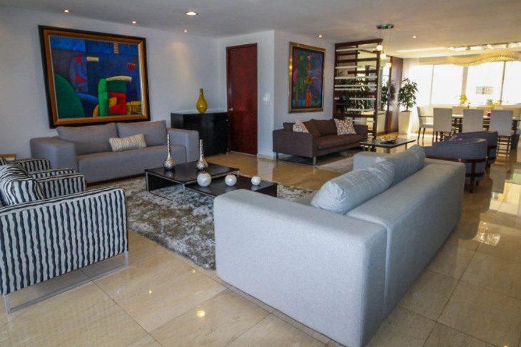 Beautiful family apartment El Cangrejo