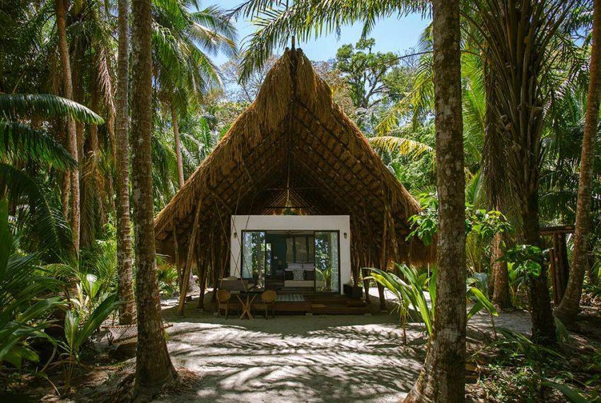 Luxury-Beachfront-Casitas