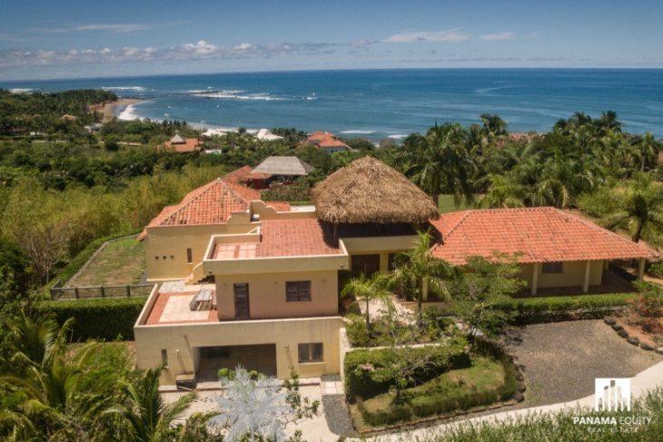 Villa Dorado Estate by the sea