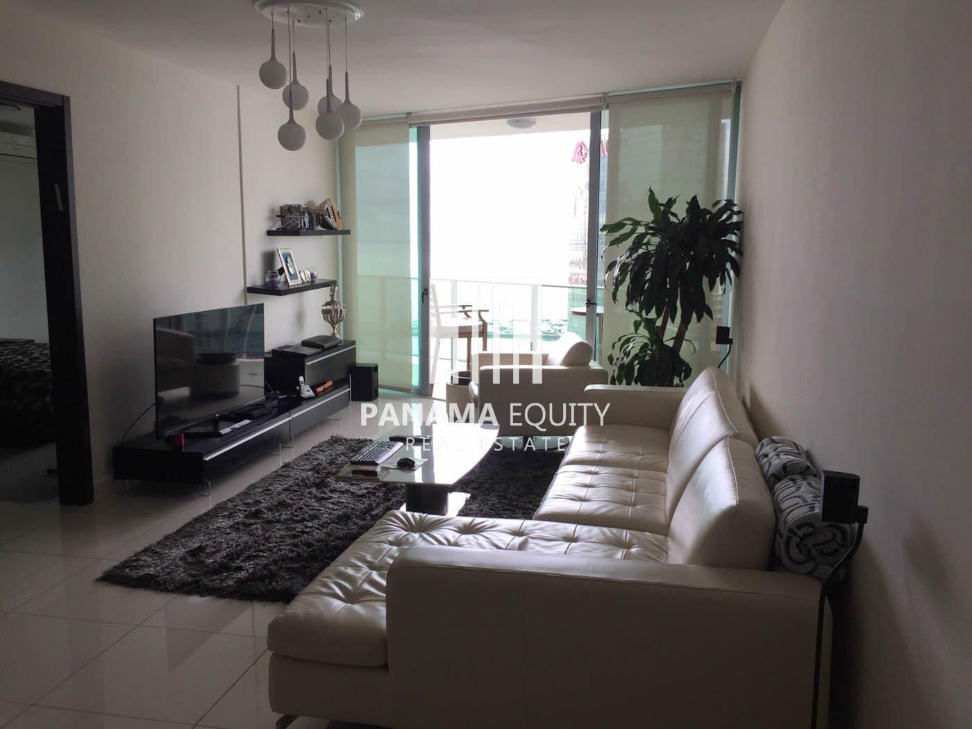 Brillante y Fresco apartamento totalmente amoblado en alquiler en Allure, Avenida Balboa