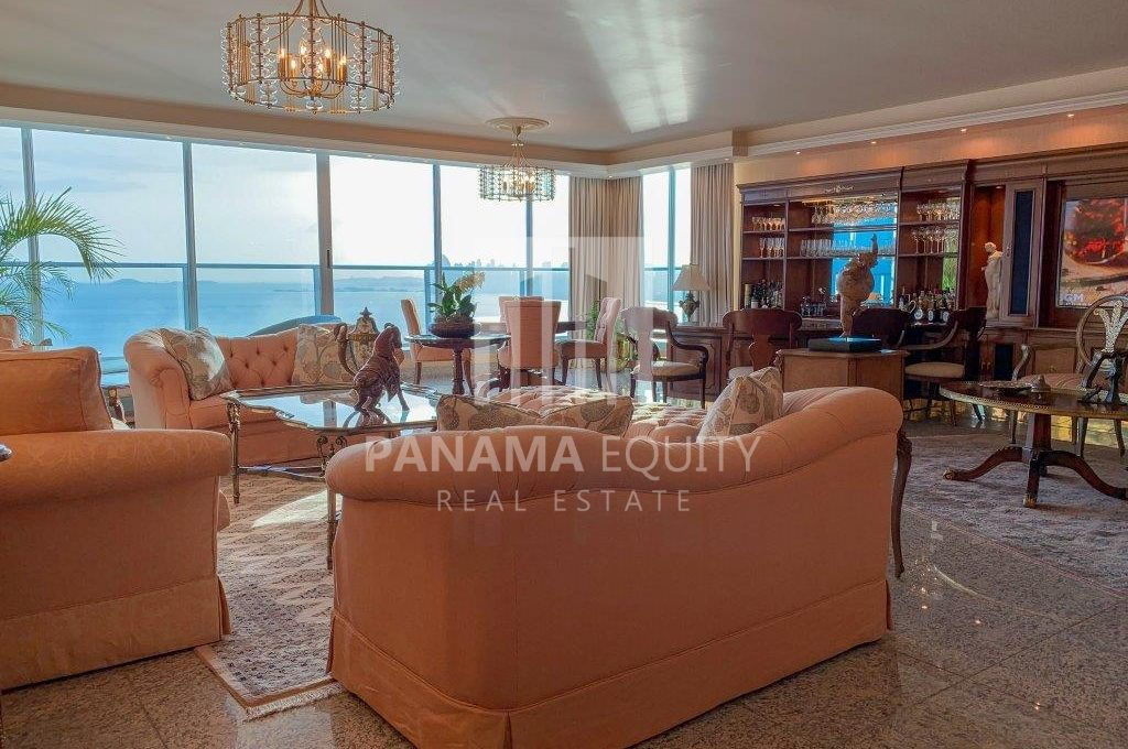 Condominium Costa Del Este Panama 1