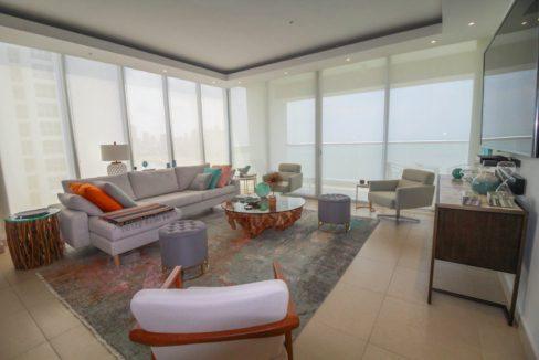 Avenida Balboa Luxury Apartment