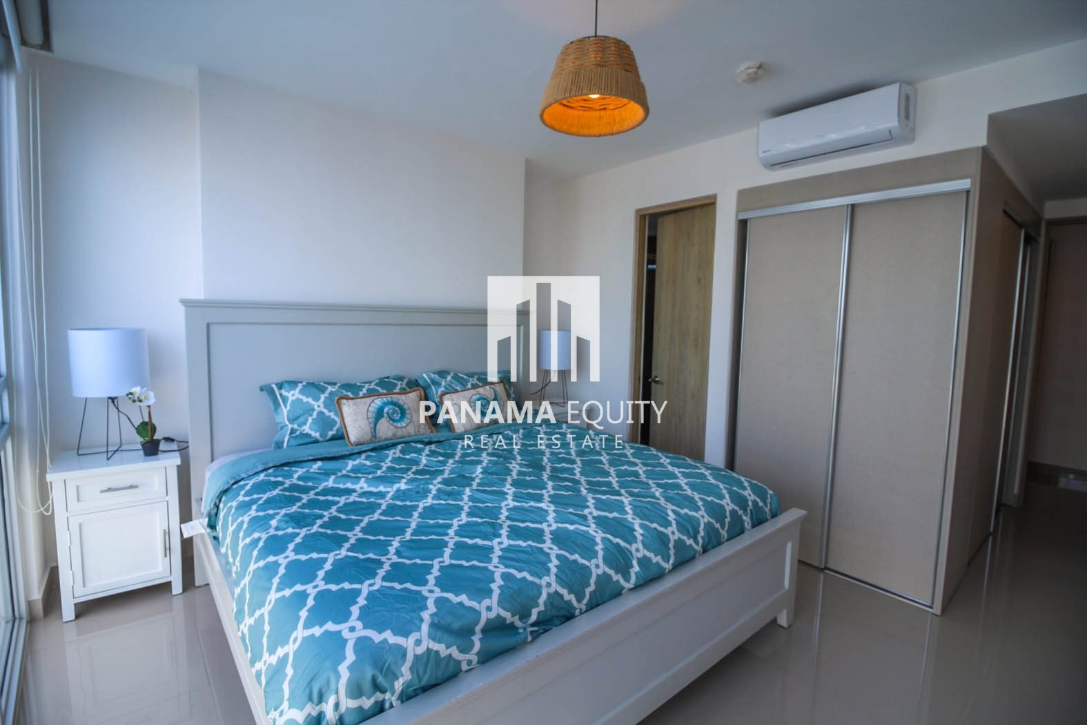 Brand New: Furnished Apartment in Zaphiro, El Cangrejo!