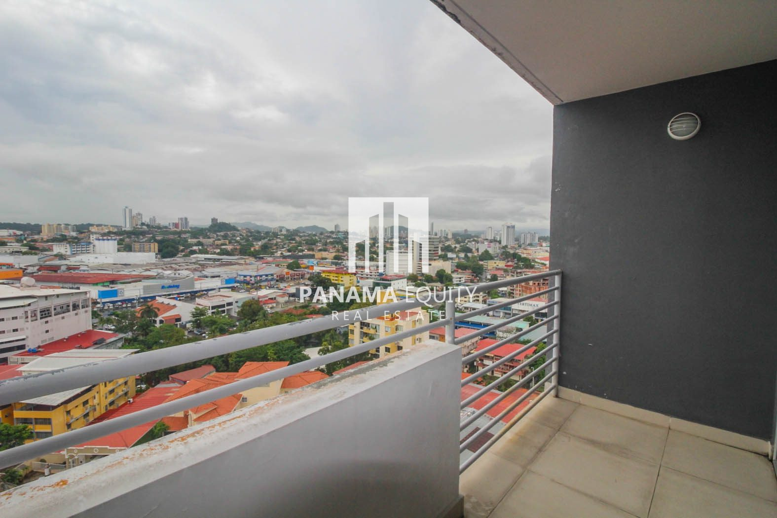 Investor Special Close to the Metro Line