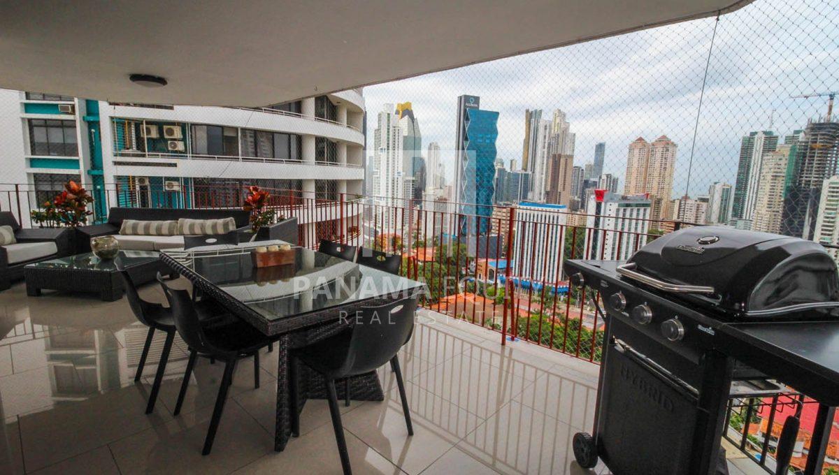 balcony-penthouse-apartment-la-cresta-panama