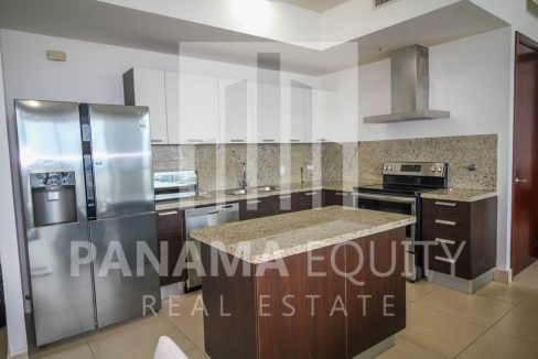 kitchen-island-luxury-apartment-punta-pacifica