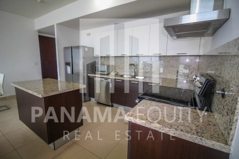 kitchen-luxury-apartment-punta-pacifica