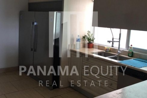 kitchen-panama-city-apartment-sale-san-francisco