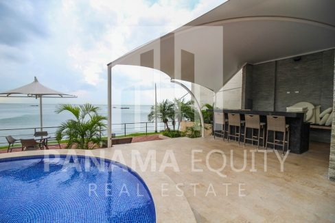 pool-social-area-luxury-apartment-punta-pacifica