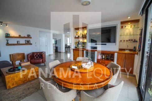 tv-room-penthouse-apartment-la-cresta-panama