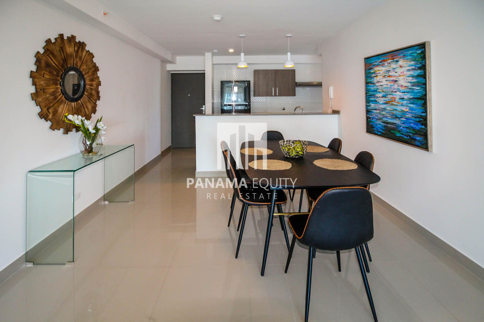 Shiny Three Bedroom Apartment for rent in Zaphiro!