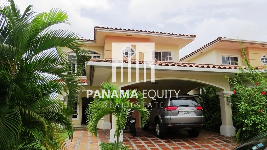 Villa Valencia Panama $100,000 Below Appraisal Value