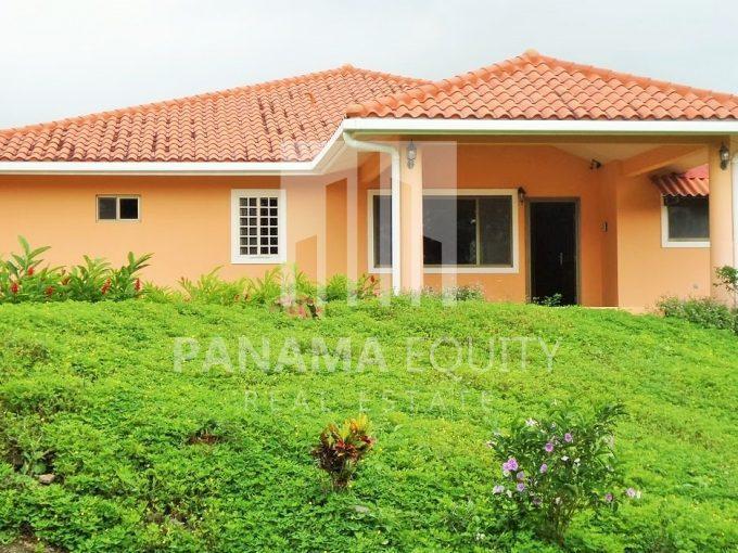 Altos del Maria Panama beach home for sale