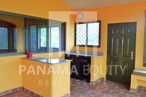 Muntain House For sale in Altos del Maria Panama 6
