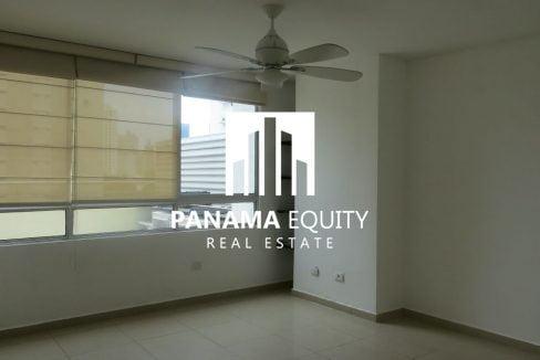 master-bedroom-apartment-citrus-san-francisco-panama