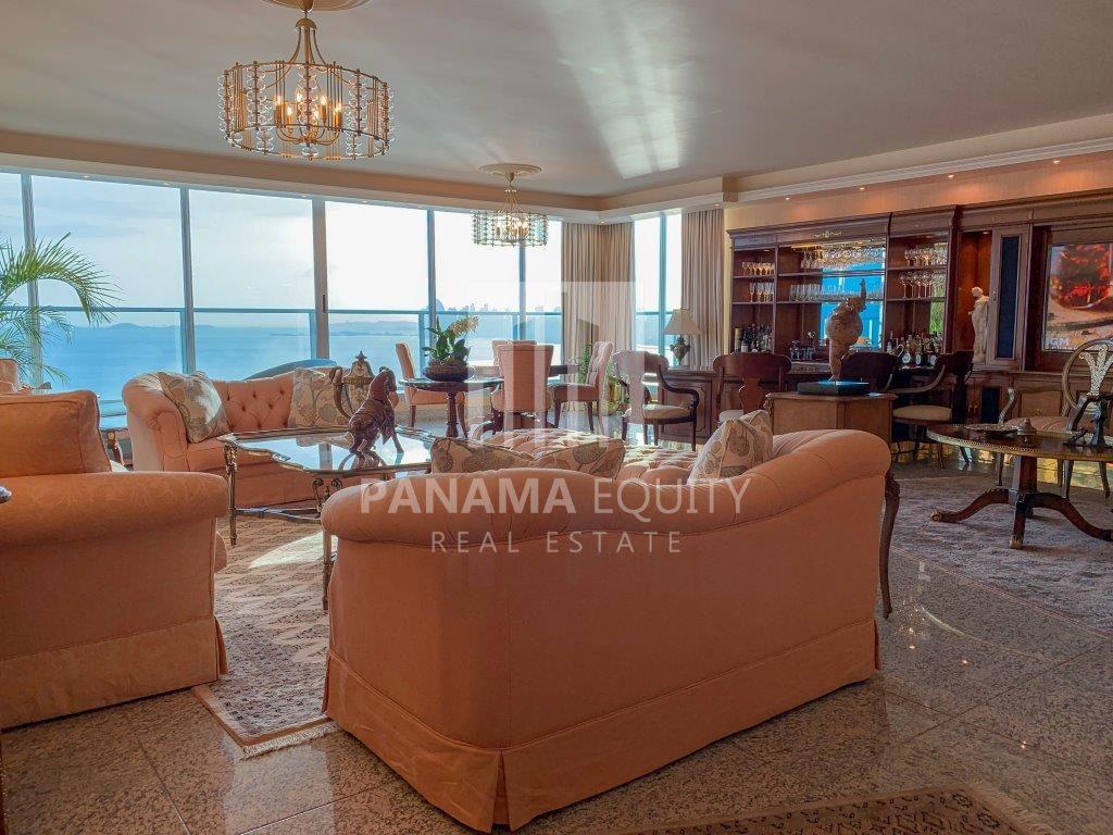 Condominium Costa Del Este Panama