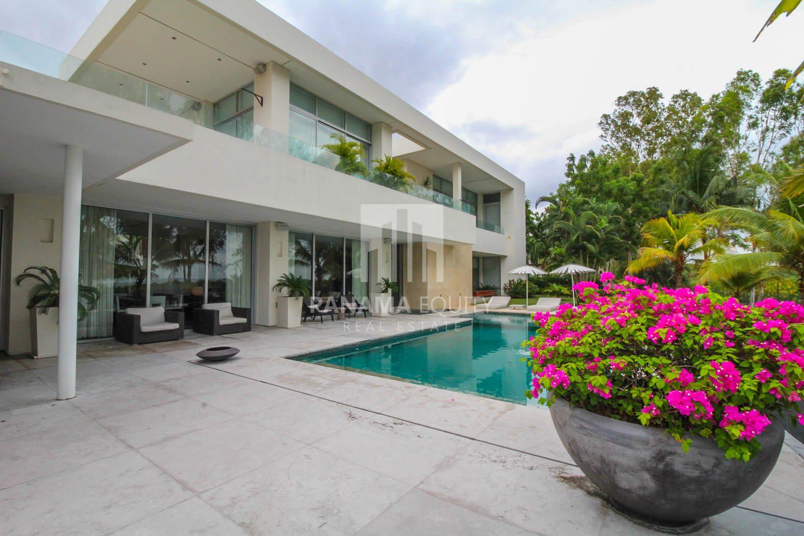 Oceanfront Luxury Real estate panama