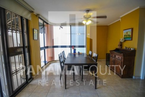 dining-room-panama-city-apartment-sale-el-cangrejo