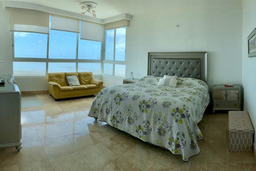 master-bedroom-apartment-sale-costa-del-este-panama-city-breeze