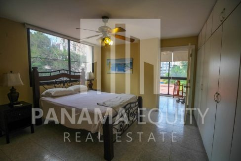 master-bedroom-panama-city-apartment-sale-el-cangrejo