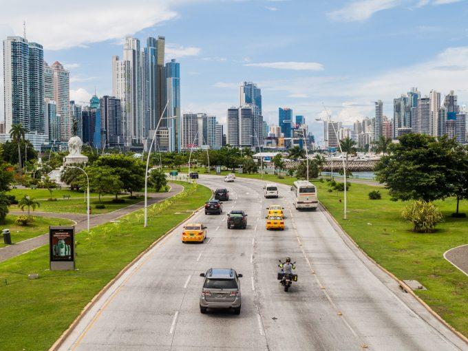 Renting a car in Panama City