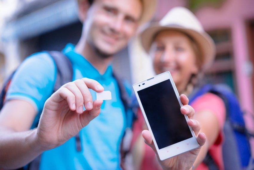 people using sim card panama