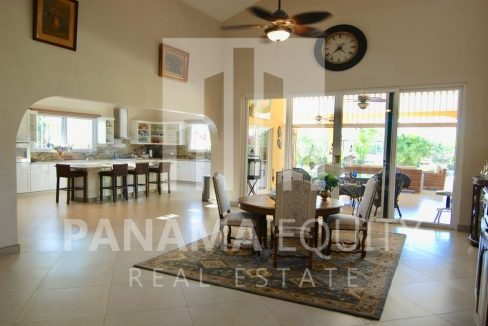 House in Coronado For Sale 3
