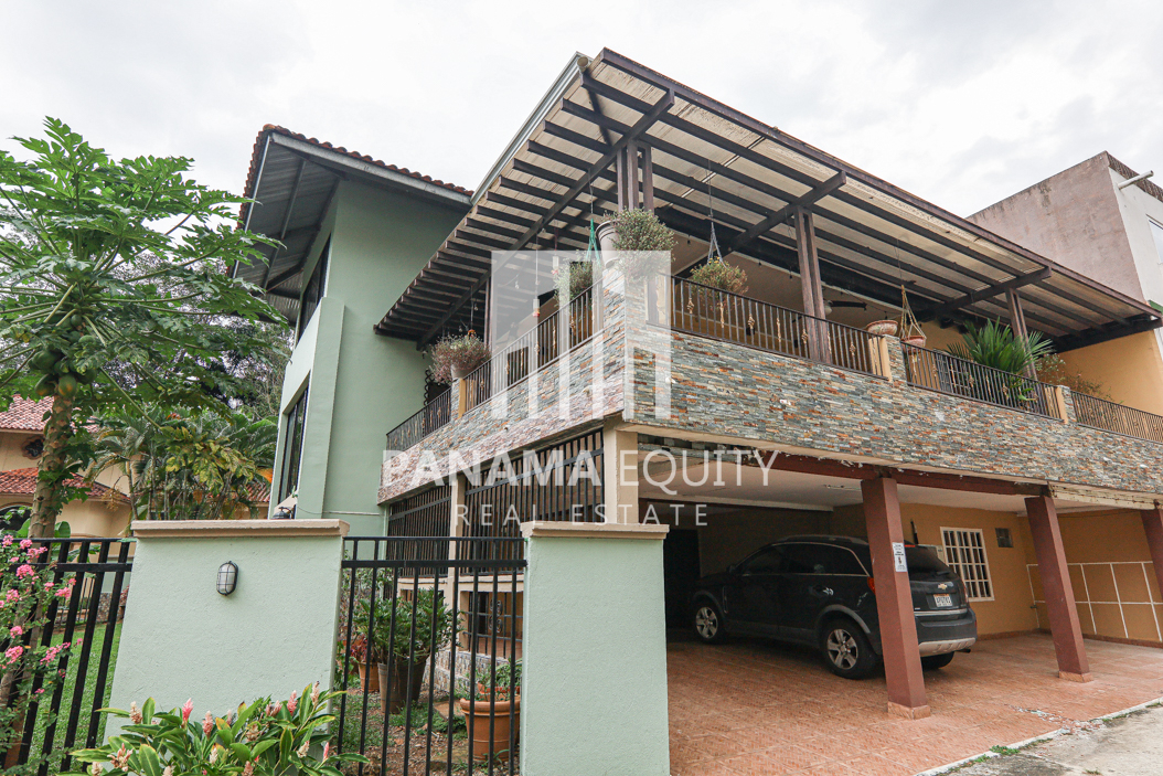 Albrook Panama City: Impressive 3-Story Home For Sale