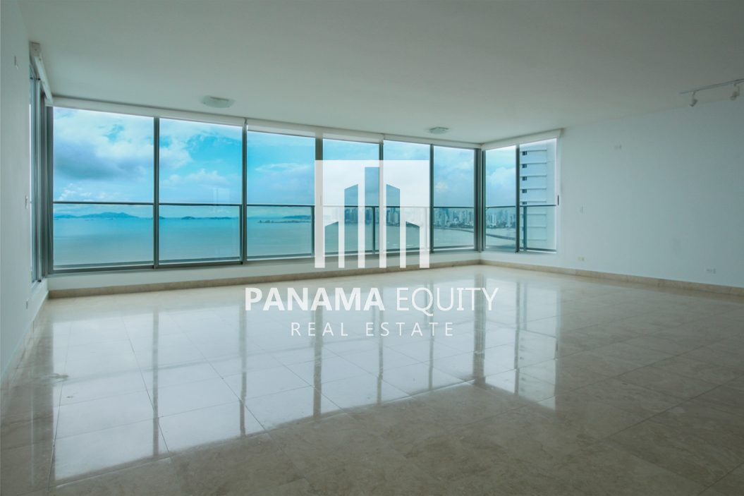 Costa del Este, Panama, apartment in P.h. Murano for Rent
