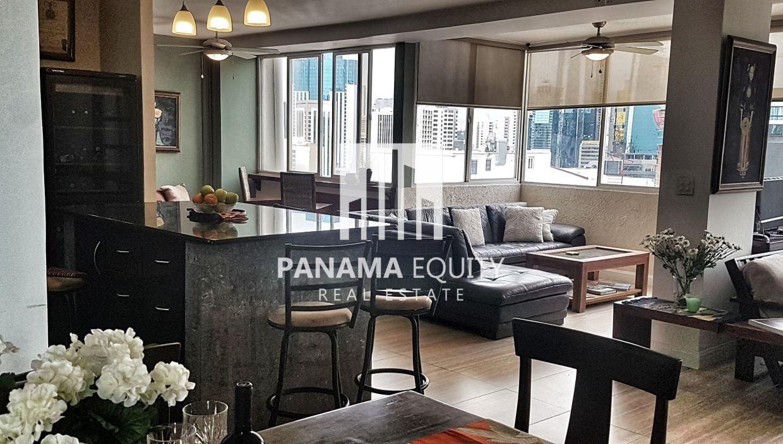 Fabulous Renovated Condo in Plaza Paitilla Panama for sale