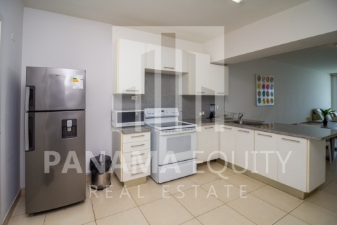 White Avenida Balboa Panama Apartment for Sale-12