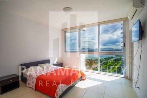 White Avenida Balboa Panama Apartment for Sale-13