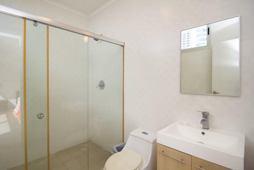White Avenida Balboa Panama Apartment for Sale-14
