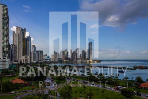 White Avenida Balboa Panama Apartment for Sale-26