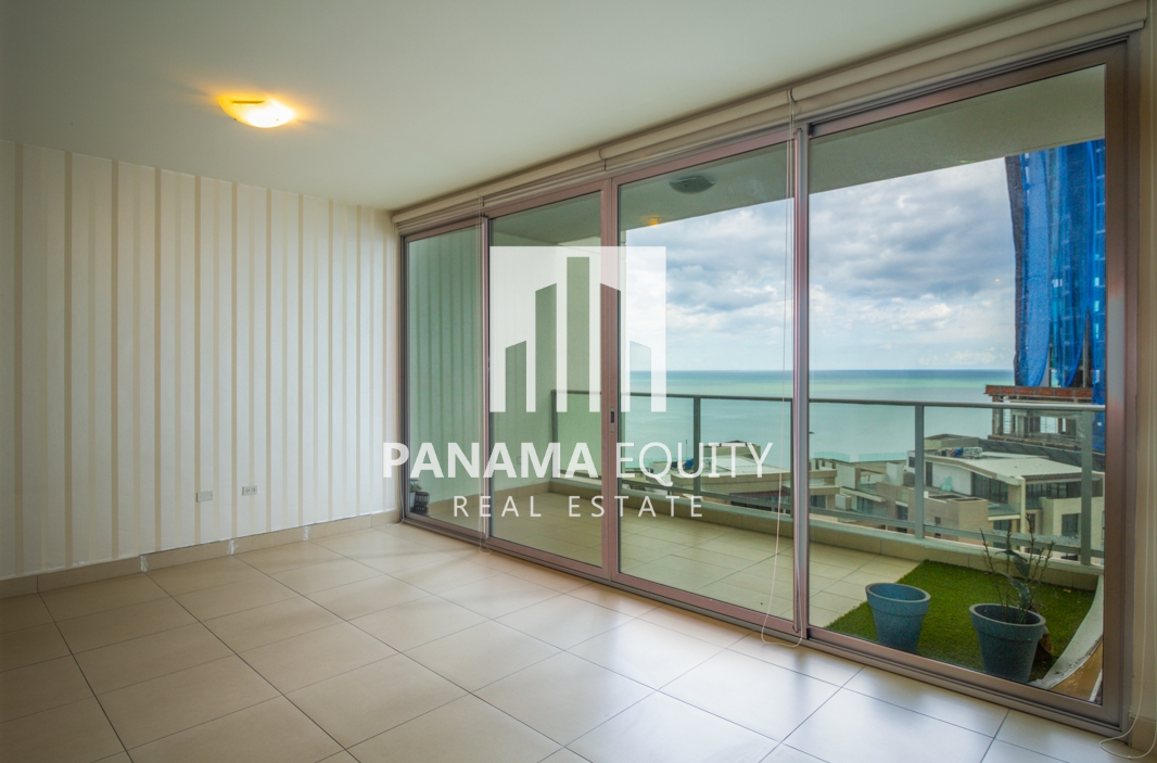 Apartment for Sale in Dupont: Punta Pacifica's Hottest Building