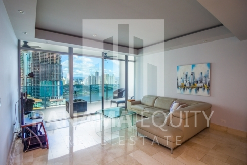 Grand Tower Panama Apartment for Rent-002