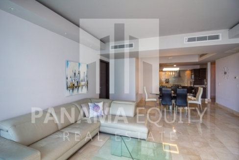 Grand Tower Panama Apartment for Rent-003