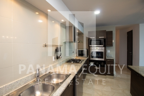 Grand Tower Panama Apartment for Rent-007