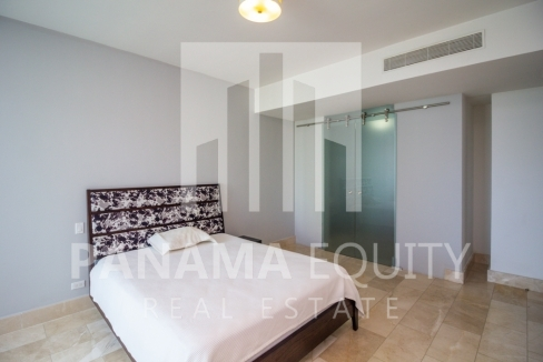 Grand Tower Panama Apartment for Rent-010