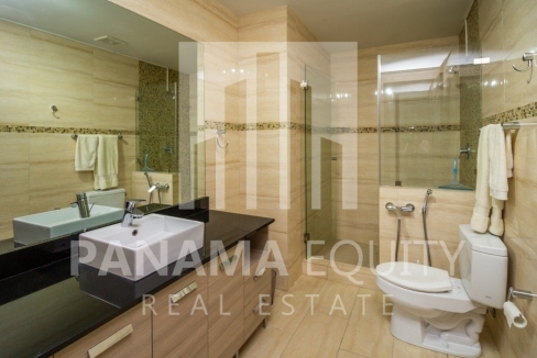 Grand Tower Panama Apartment for Rent-014