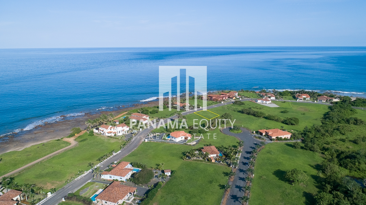 Stunning Home Site in Costa Pedasi