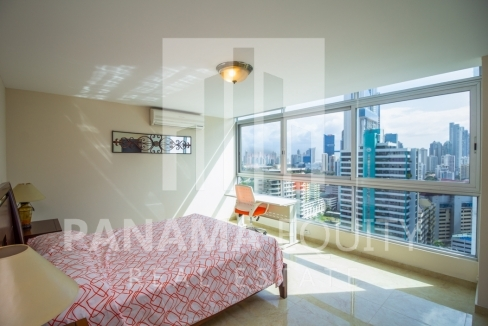 Bayfront Avenida Balboa Panama Apartment for Rent-009