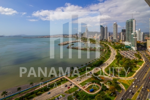 Bayfront Avenida Balboa Panama Apartment for Rent-017