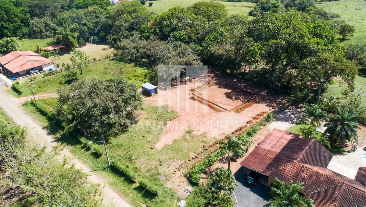 Pedasi, Panama 3bed-2bath new home in town-1