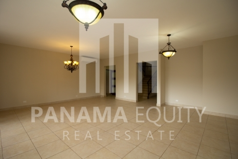 Embassy Club Forest Estates Clayton Panama for Rent-003