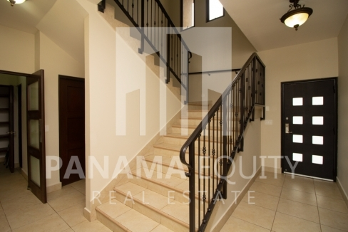 Embassy Club Forest Estates Clayton Panama for Rent-004