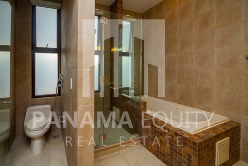 Embassy Club Forest Estates Clayton Panama for Rent-010